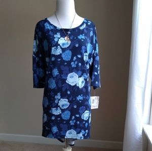 Lularoe Irma tunic-blue roses on blue, XL